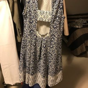 Patterned spring dress